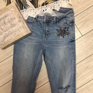 Zara Basic distressed embroidered skinny Jean 4